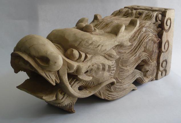杭州大工美广告有限公司是在杭州市二轻工业系统中国企改制的浴火中涅磐出来的新颖广告公司。风雨历程已有十个春秋,本公司具有深厚的工艺美术传统艺术底蕴和大都市现代商业艺术造诣,聚集着一支具有广博资源的工艺美术师和广告策展设计师团队